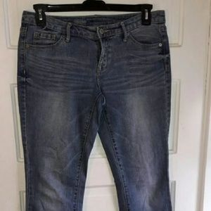 Mossimo denim Mid rise boot cut jeans, size 6 S/C.